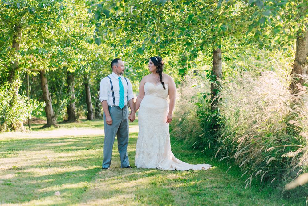026-snohomish-wedding-photographer-katheryn-moran-woodland-meadow-farm-ali-kris-2017.jpg