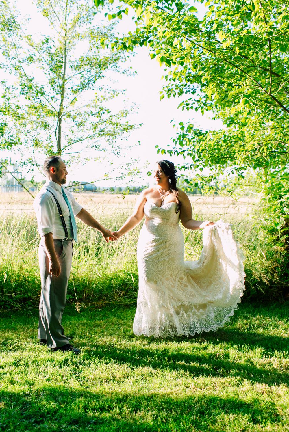 030-snohomish-wedding-photographer-katheryn-moran-woodland-meadow-farm-ali-kris-2017.jpg