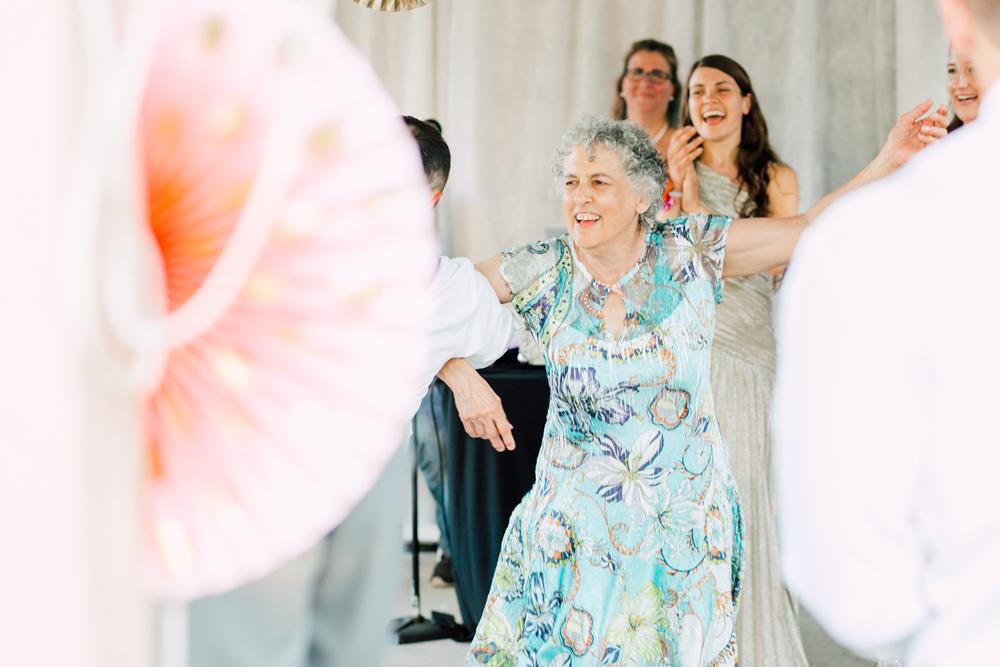 091-snohomish-wedding-photographer-katheryn-moran-woodland-meadow-farm-ali-kris-2017.jpg