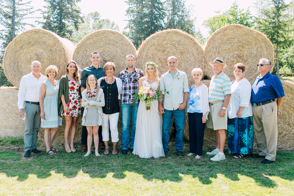 057-bellingham-wedding-photographer-katheryn-moran-backyard-wedding-ashley-kevin-2017.jpg