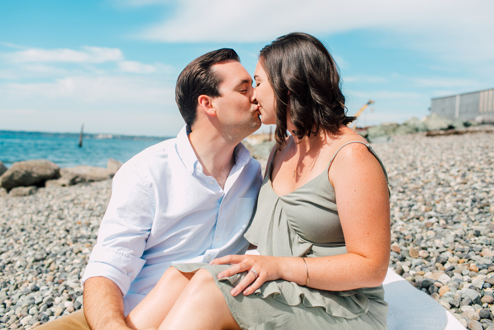006-bellingham-engagement-photographer-katheyrn-moran-fairhaven-stones-throw-katie-max.jpg