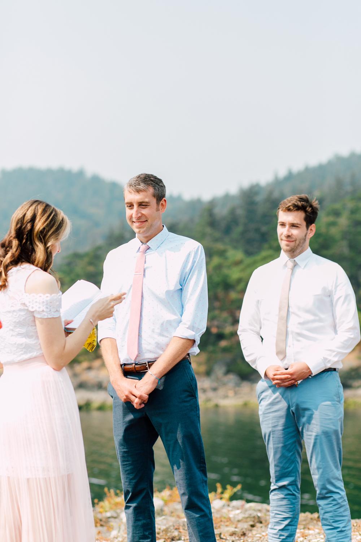 039-orcas-island-wedding-photographer-katheryn-moran-shayna-shaunn-elopement.jpg