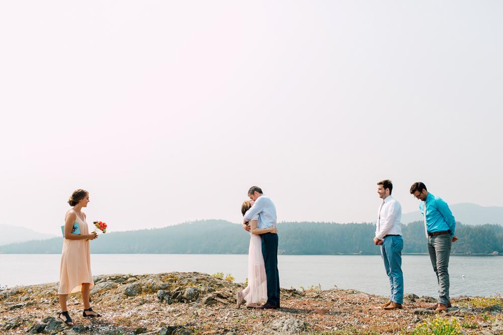 045-orcas-island-wedding-photographer-katheryn-moran-shayna-shaunn-elopement.jpg