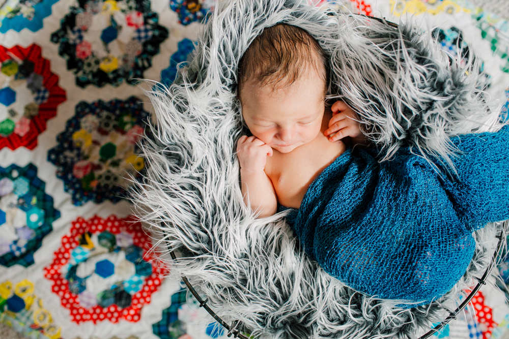 015-seattle-newborn-photographer-katheryn-moran-star-wars-baby-leo.jpg