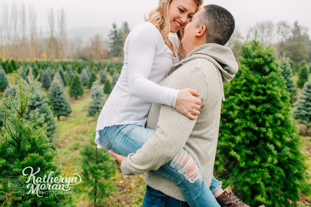 023-bellingham-holiday-mini-sessions-fullner-tree-farm-2017.jpg
