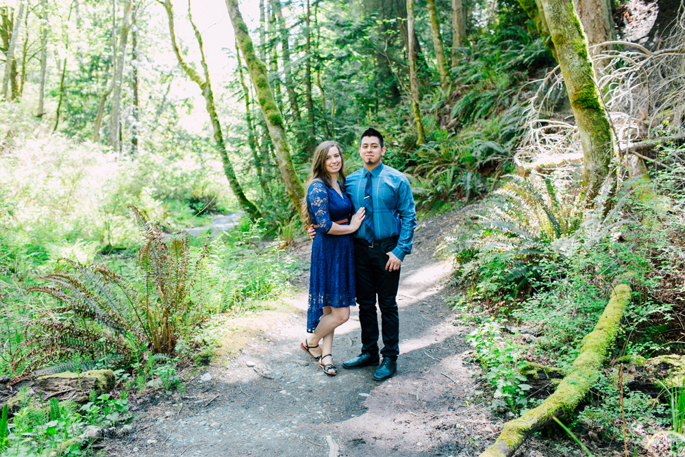 004-bellingham-engagement-wedding-photographer-katheryn-moran-chuckanut-drive-clayton-beach.jpg
