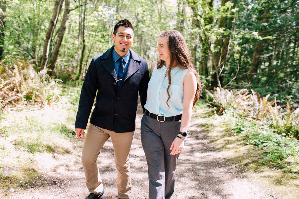 018-bellingham-engagement-wedding-photographer-katheryn-moran-chuckanut-drive-clayton-beach.jpg