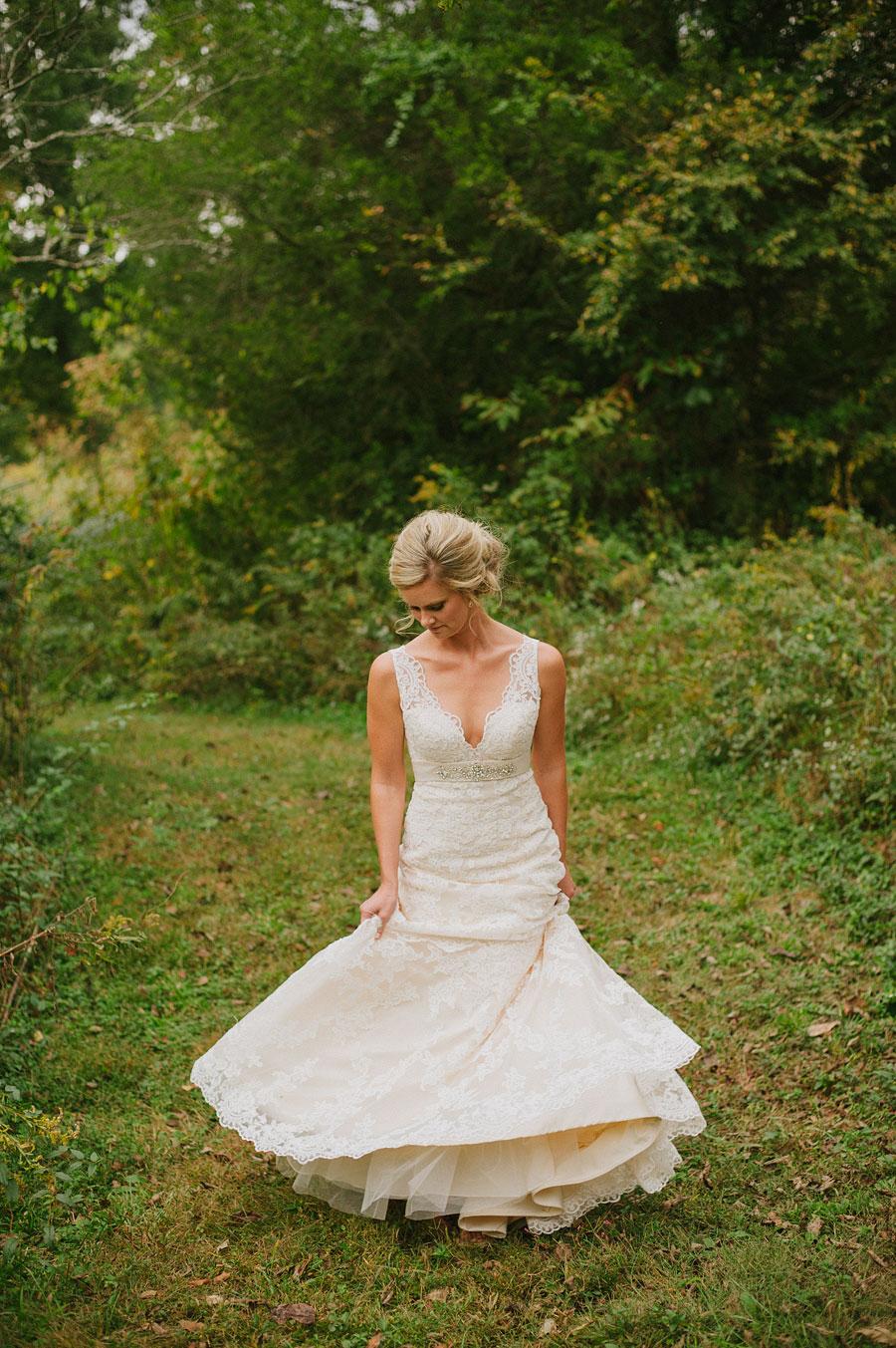 nashvillewedding_leipersforkwedding_farmwedding_bytheimageisfound_0058.jpg
