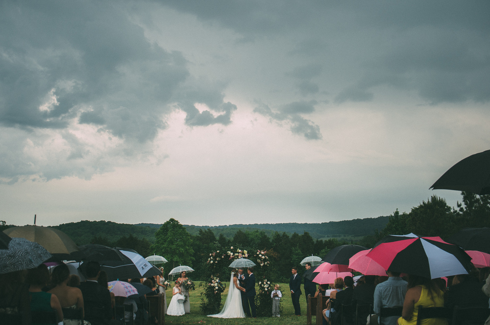 CastletonFarmWedding_TenneseeWedding_byTheImageIsFound_0142.jpg