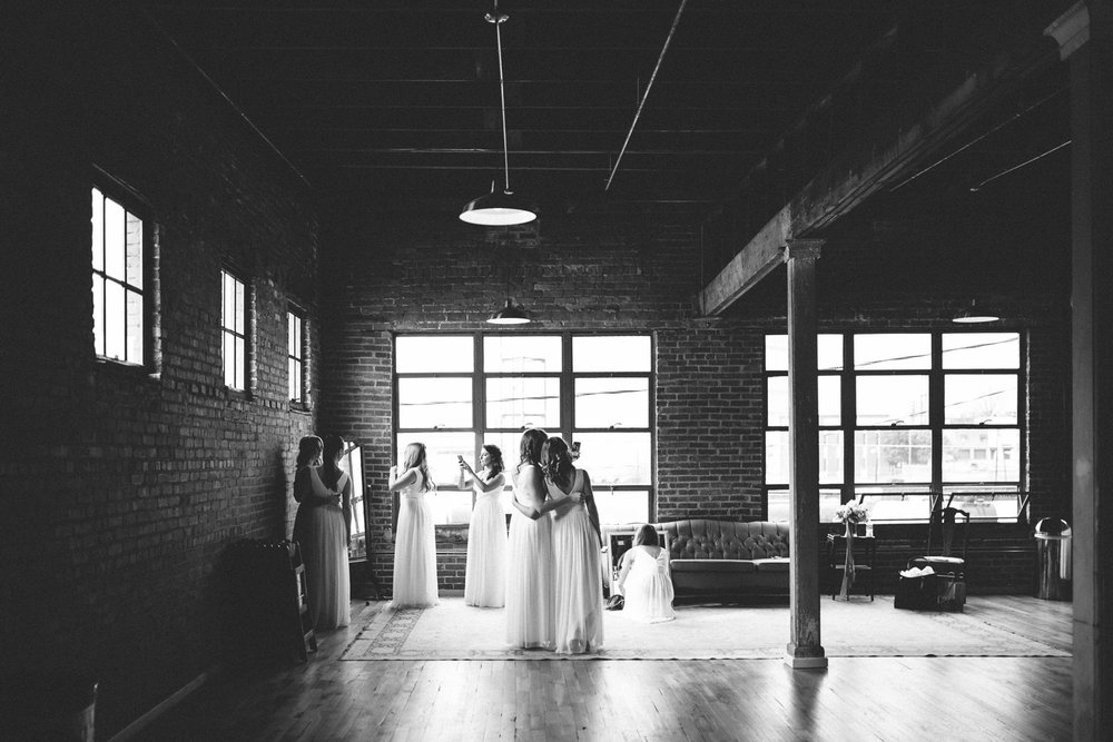 TheStandardKnoxvilleWedding_by_TheImageIsFound.com_0004.jpg