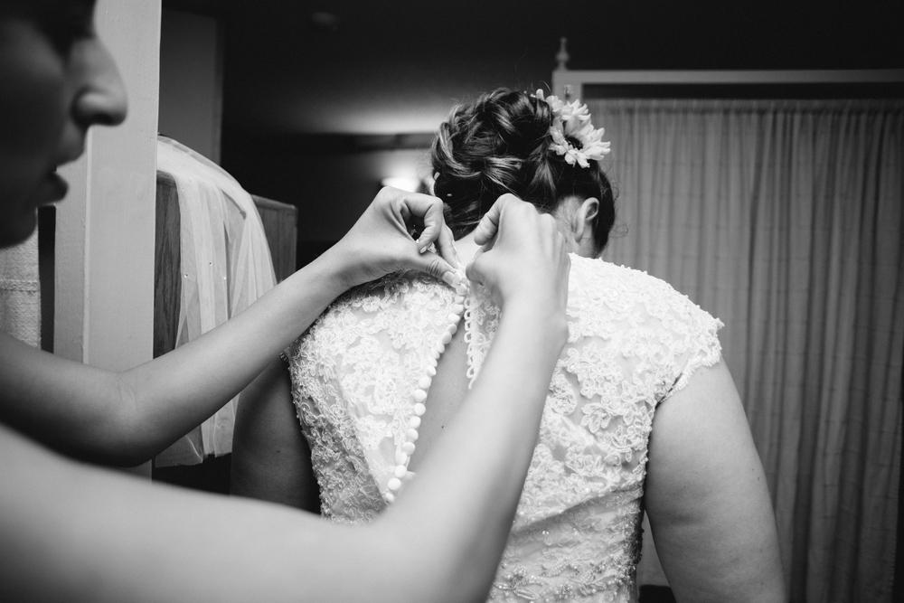 Elisabeth+Todd (2014-07-05)-Neal Dieker Photography-09.jpg