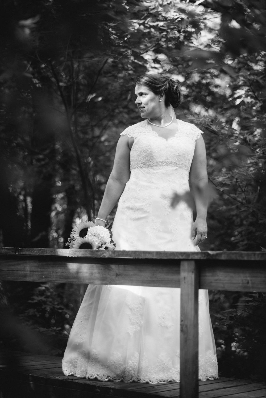 Elisabeth+Todd (2014-07-05)-Neal Dieker Photography-53.jpg