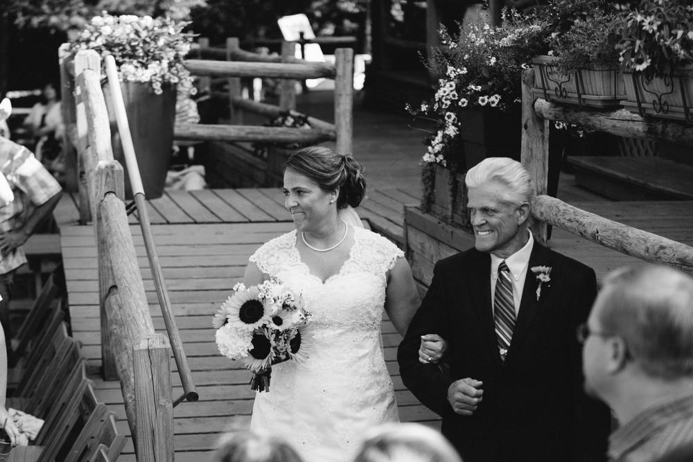 Elisabeth+Todd (2014-07-05)-Neal Dieker Photography-79.jpg