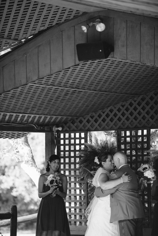 Elisabeth+Todd (2014-07-05)-Neal Dieker Photography-95.jpg