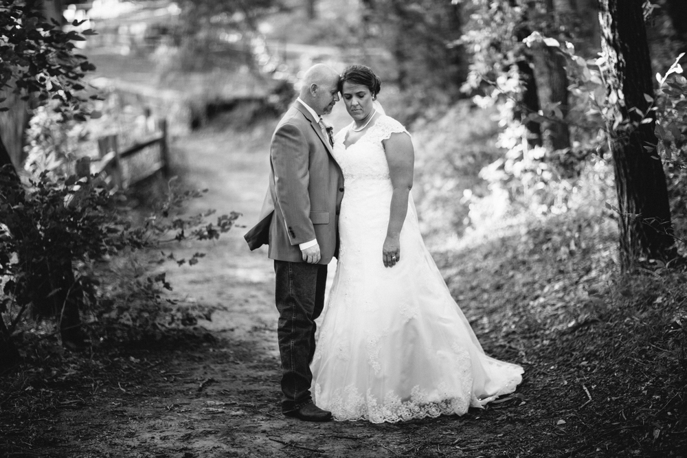 Elisabeth+Todd (2014-07-05)-Neal Dieker Photography-105.jpg