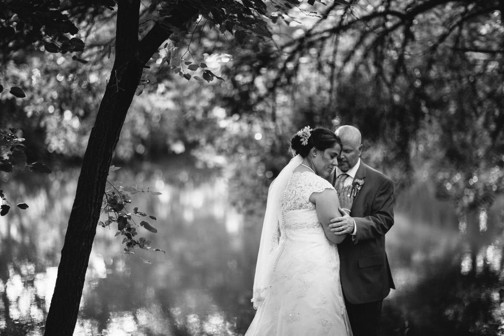 Elisabeth+Todd (2014-07-05)-Neal Dieker Photography-108.jpg