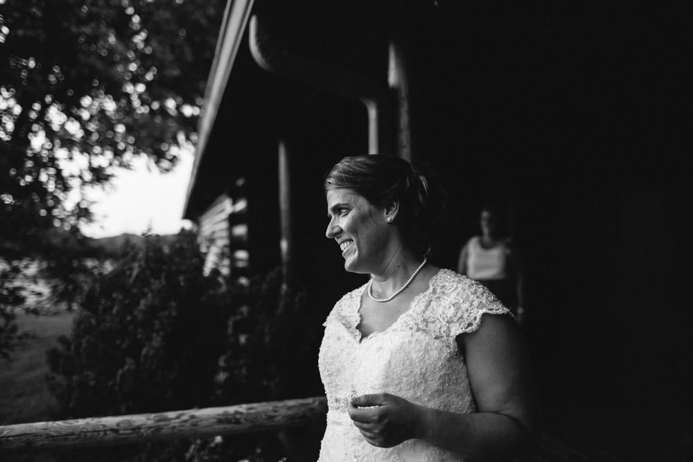 Elisabeth+Todd (2014-07-05)-Neal Dieker Photography-120.jpg