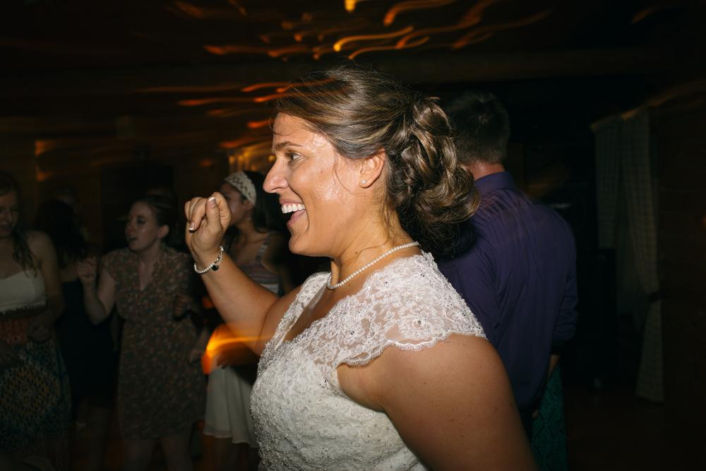 Elisabeth+Todd (2014-07-05)-Neal Dieker Photography-137.jpg