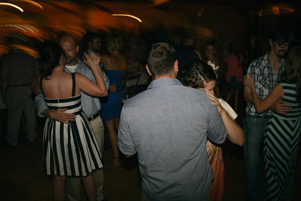 Elisabeth+Todd (2014-07-05)-Neal Dieker Photography-142.jpg