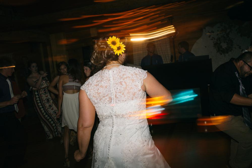 Elisabeth+Todd (2014-07-05)-Neal Dieker Photography-150.jpg