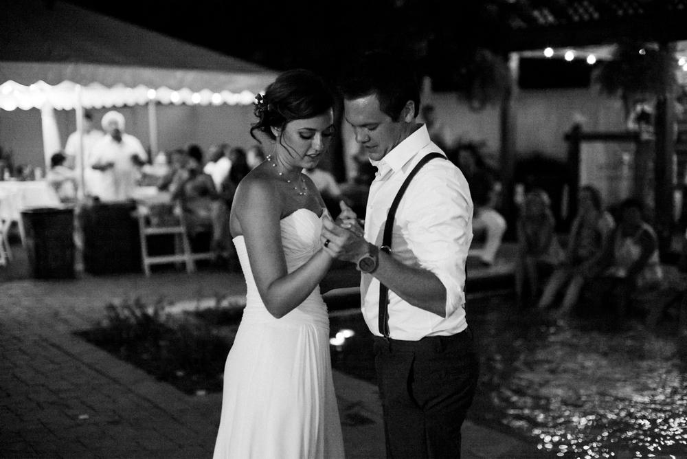 Wichita, Kansas Wedding Photographer - Wedding Photography - Neal Dieker-220.jpg