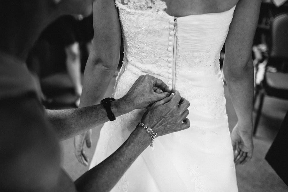 Wichita, Kansas Wedding Photographer - Neal Dieker - Wedding Photography-130.jpg