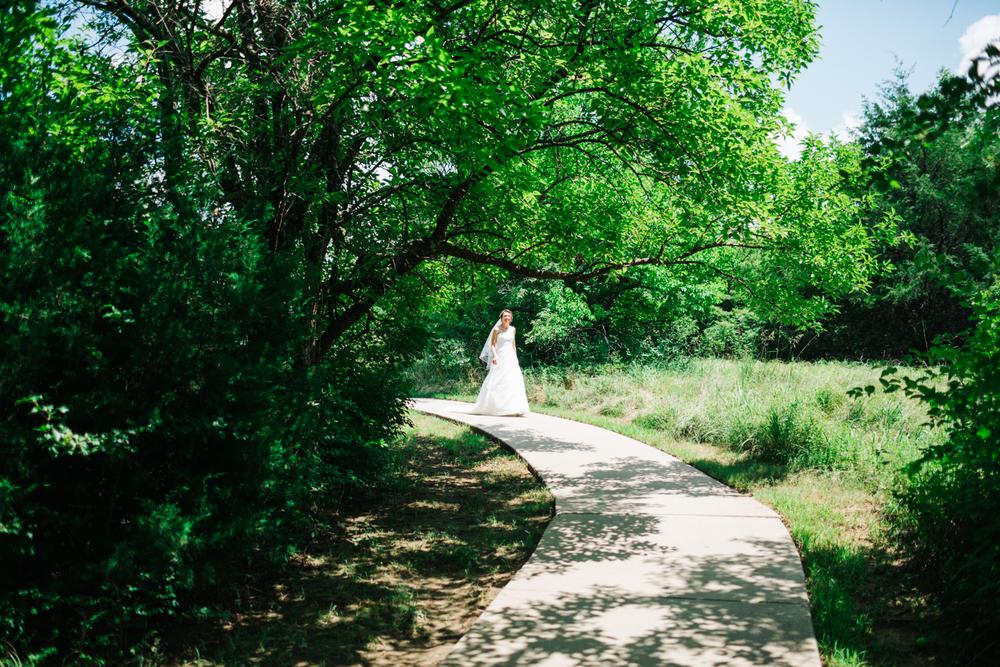 Wichita, Kansas Wedding Photographer - Neal Dieker - Wedding Photography-142.jpg