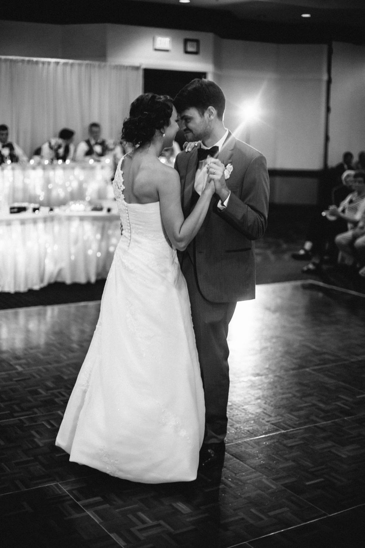 Wichita, Kansas Wedding Photographer - Neal Dieker - Wedding Photography-199.jpg