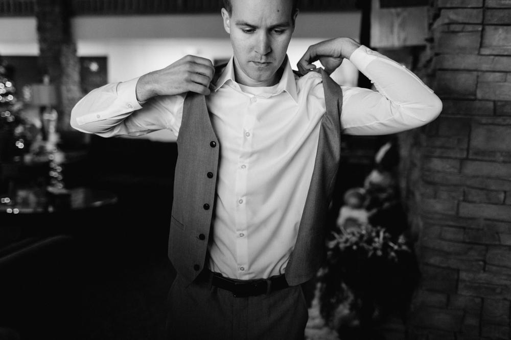 Garden City Wedding Photographer - Neal Dieker - Wichita, Kansas Wedding Photographer-126.jpg