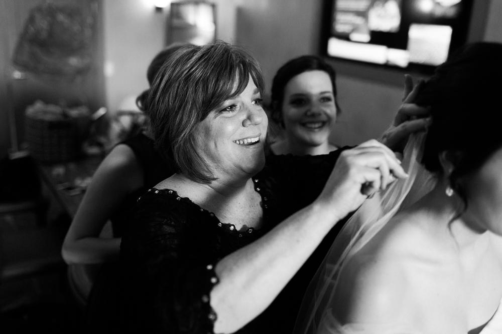 Wichita, Kansas Photographer-Neal Dieker-Wichita, Kansas Wedding Photographer-152.jpg
