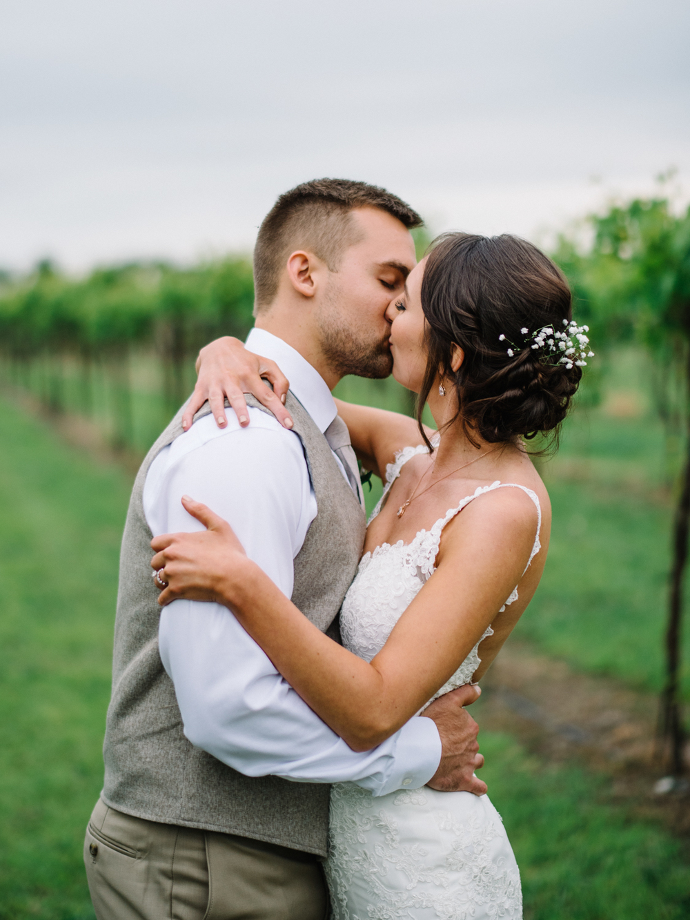Wichita, Kansas Wedding Photographer-Neal Dieker-Gracehill Winery, Whitewater Kansas-212.jpg