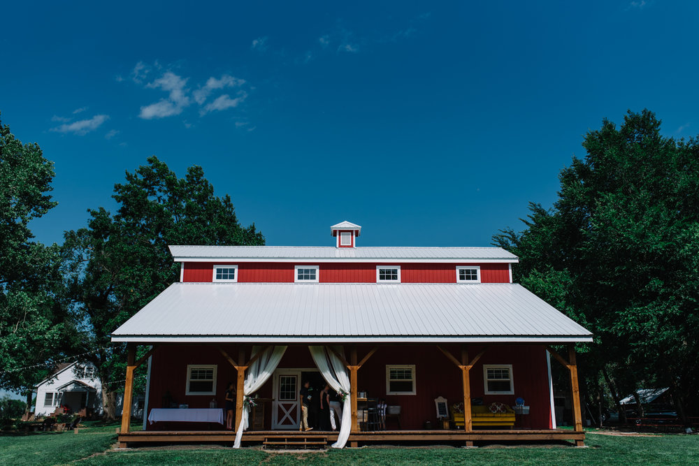 Wichita, Kansas Wedding Photographer-Neal Dieker-Kansas Outdoor Wedding-Barn Wedding-Wichita, Ks Wedding Photography-183.jpg