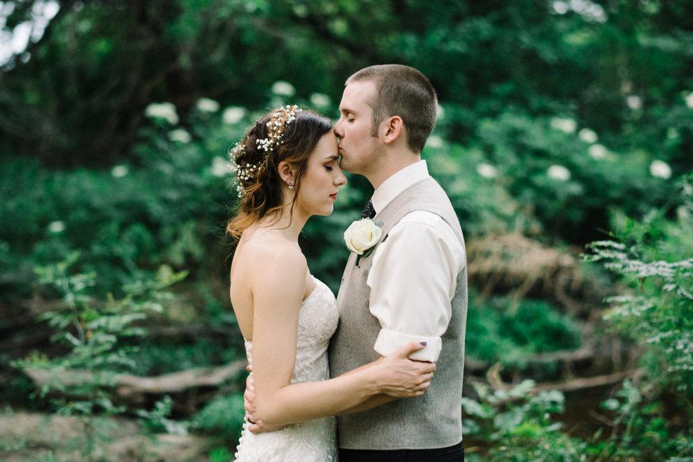 Wichita, Kansas Wedding Photographer-Neal Dieker-Kansas Outdoor Wedding-Barn Wedding-Wichita, Ks Wedding Photography-250.jpg