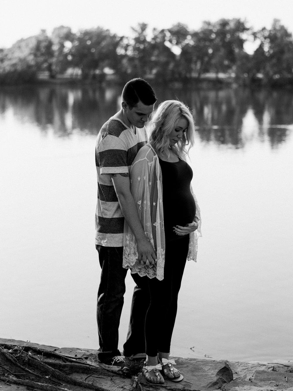 Wichita, Kansas Maternity Photography-Neal Dieker-Wichita, Kansas Maternity-126.jpg