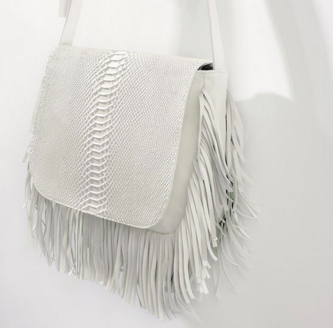 White fringe messenger bag from ZARA