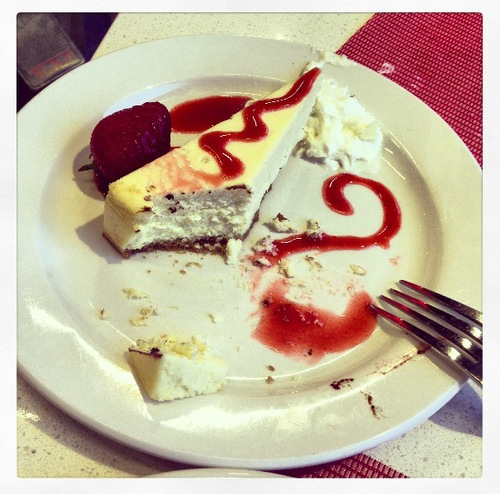 Am I really eating cheesecake before I get on a 10 hour flight?! #hungry