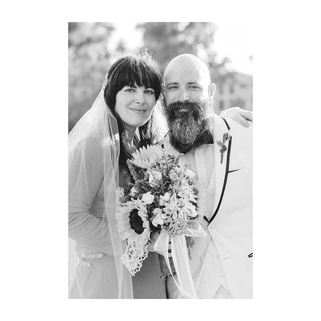 Kel + Ben, married at Echo Park Lake last weekend, all the love ✨