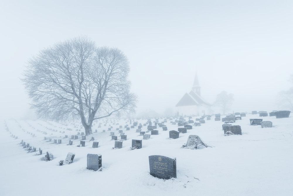 Hedenstad-church-fog.jpg