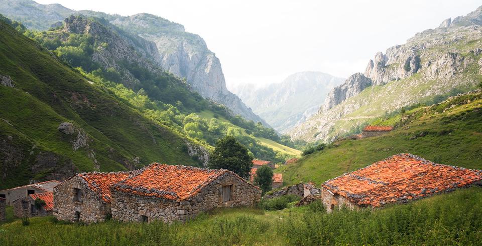 Sotres-Village.jpg