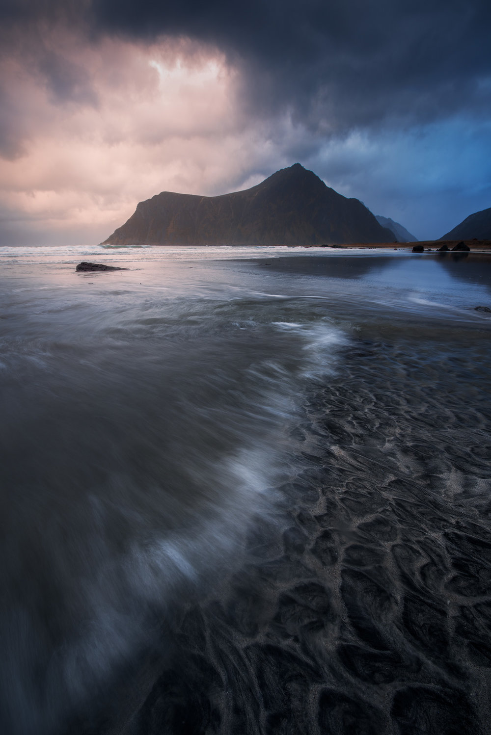 Lofoten-Changing-Patterns.jpg