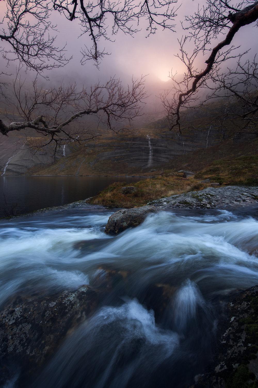 Lofoten-Storvatnet-Waterfalls.jpg