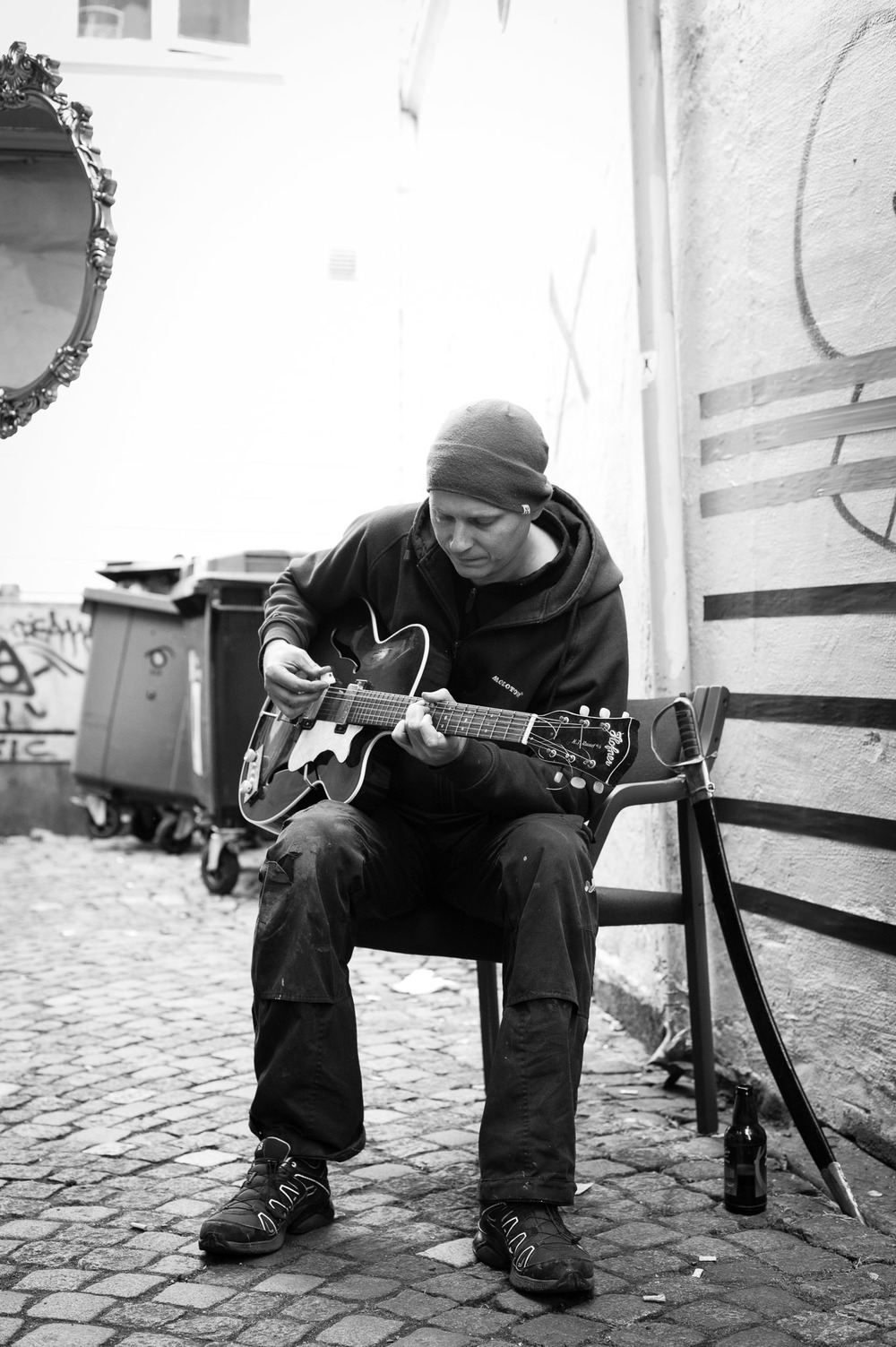 CalleHamre_MusicVideo_9of27.jpg