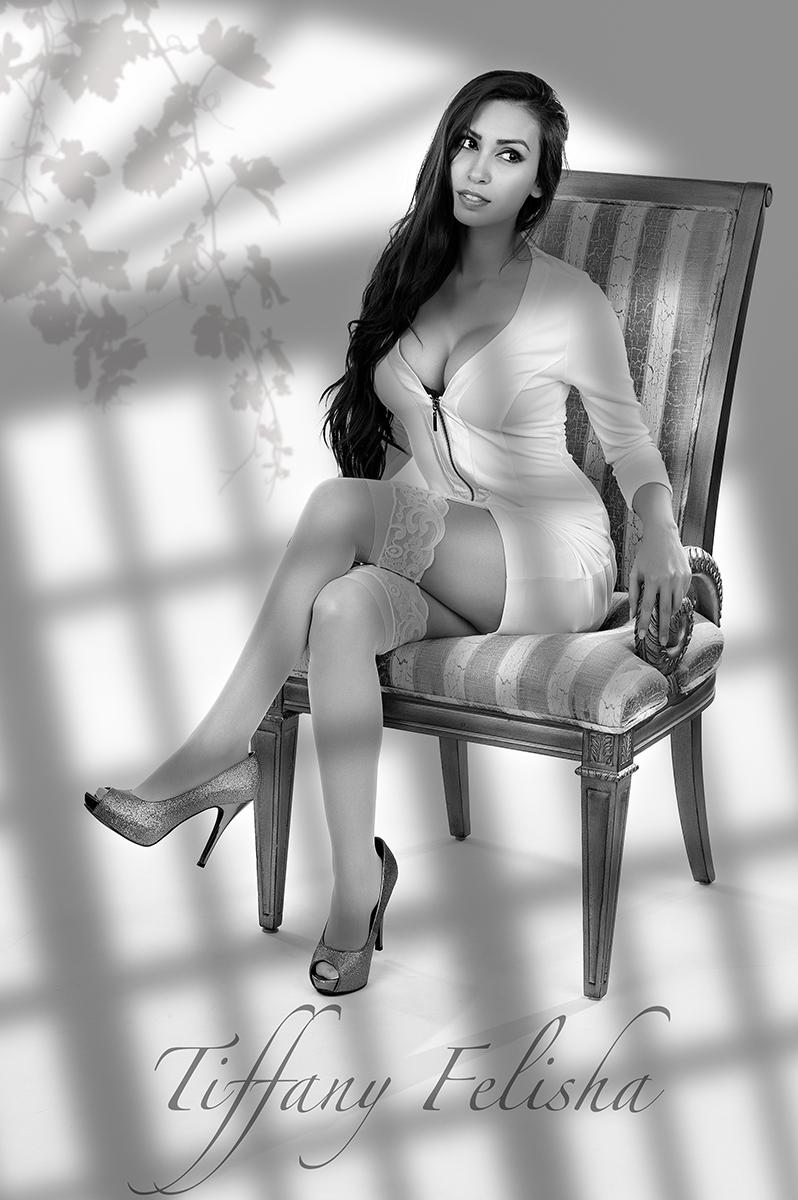 Tiffany01.jpg