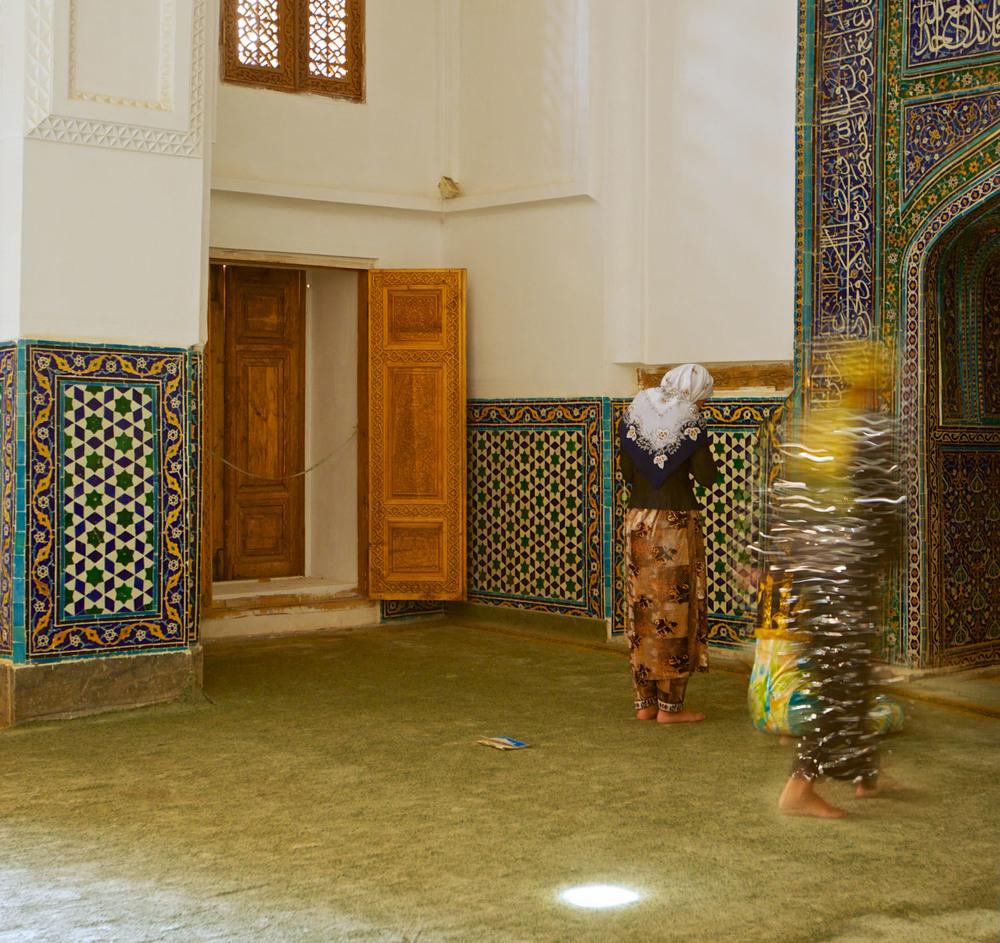Praying together, Samarkand