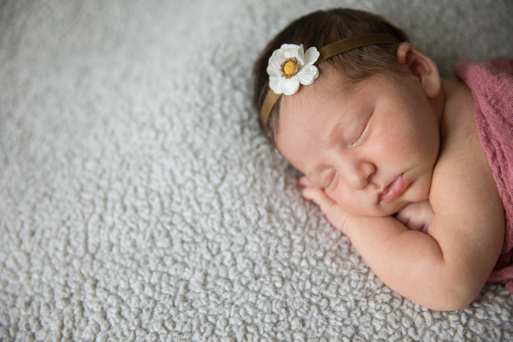 Newborn (32 of 36).jpg