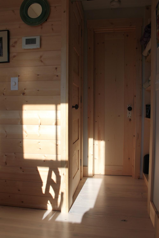Tiny Home Designs: THE Small HOUSE CATALOG