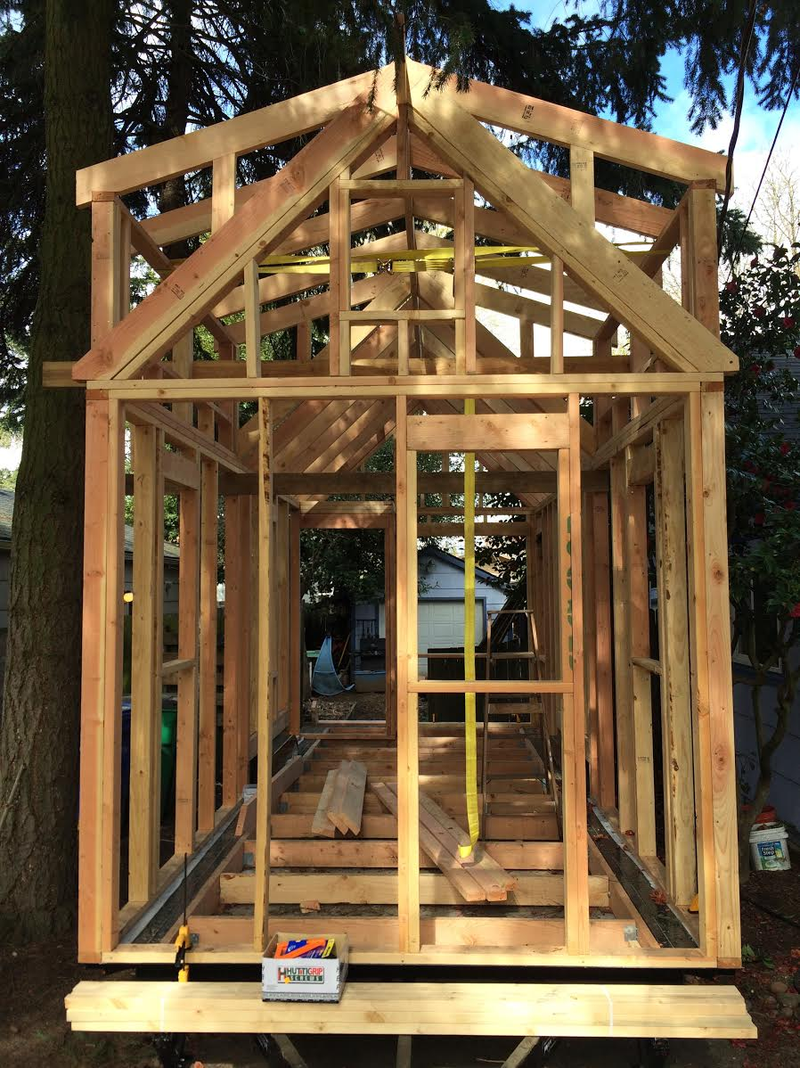 """Tiny Home Designs: Latest """"Rolling Bungalow"""" Builders"""