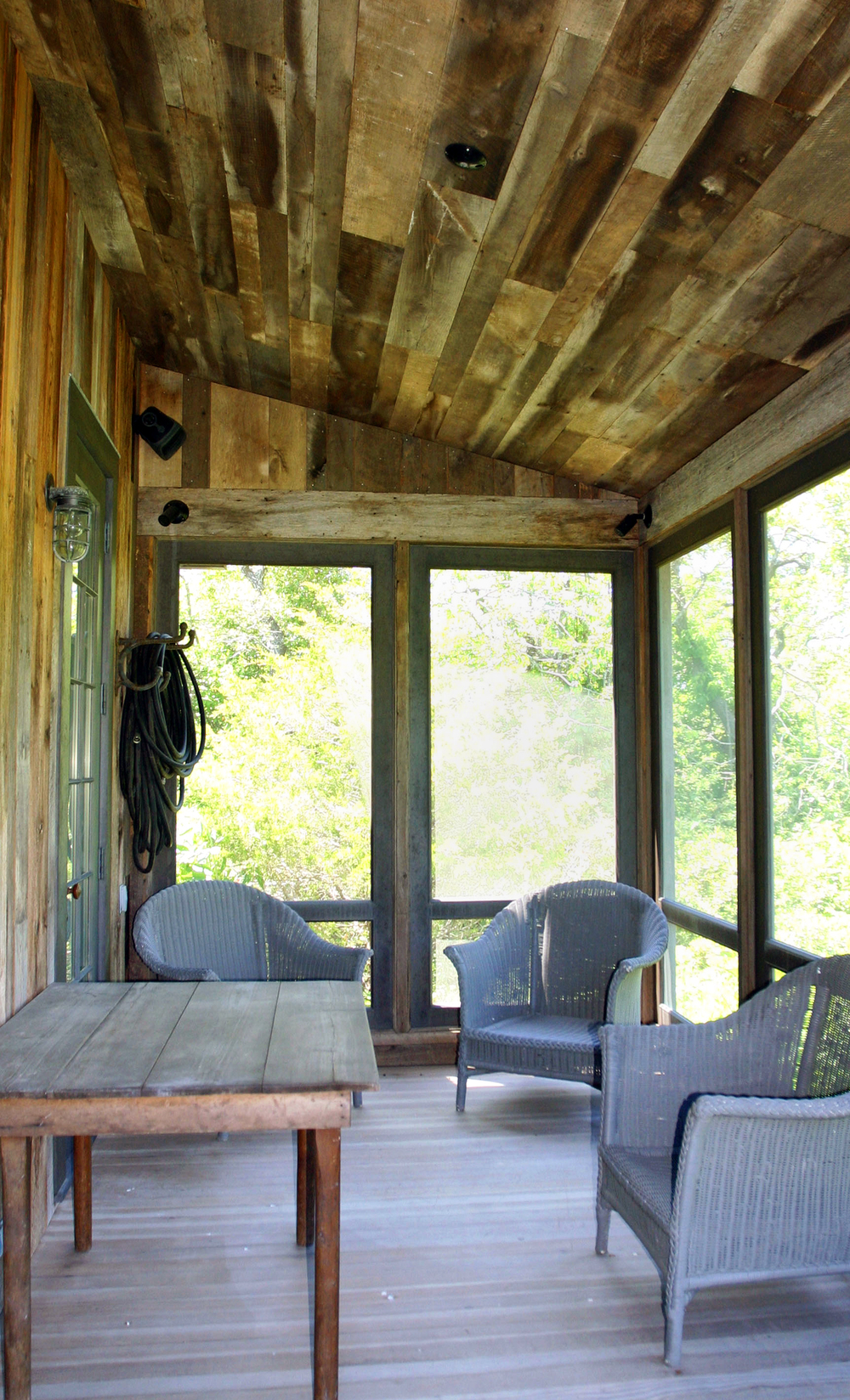 screen porch.jpg