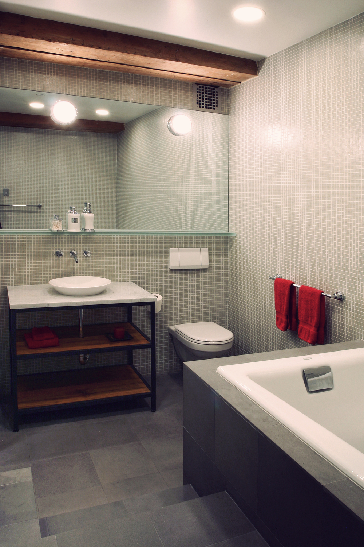R bath 1.jpg