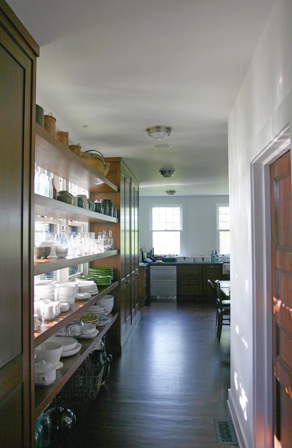 06_shelves.jpg